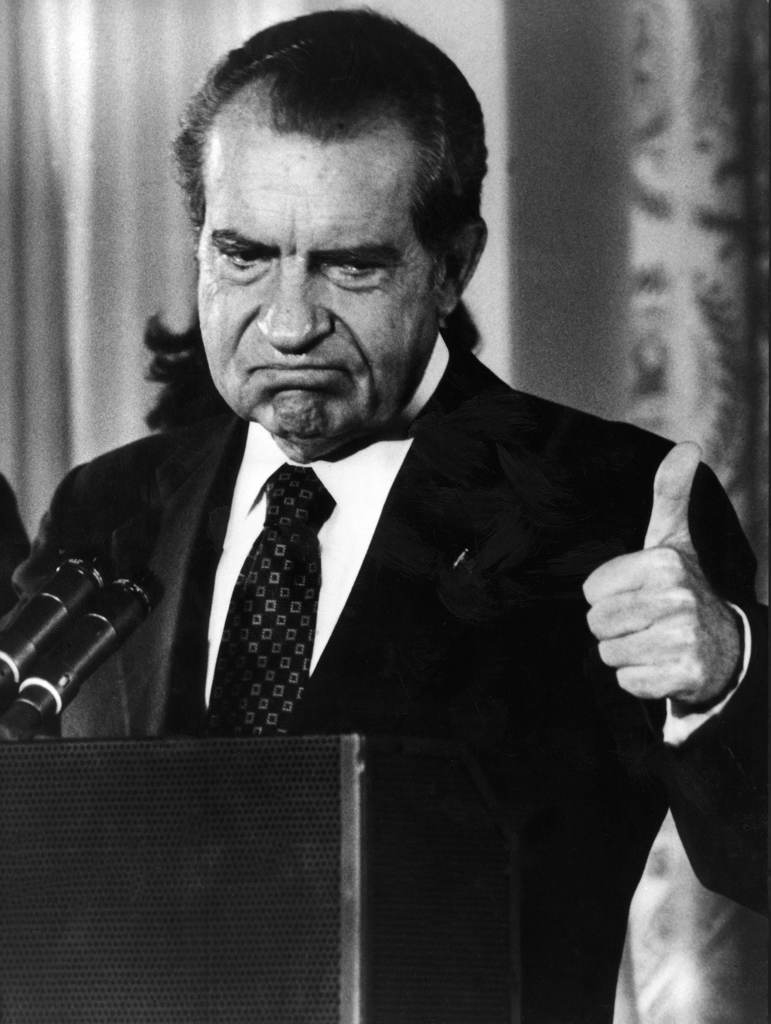 http://marijuanapolitics.com/wp-content/uploads/2016/03/nixon-thumbs-up.jpg